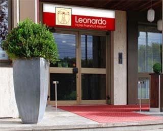 Motorrad Leonardo Hotel Frankfurt Airport in Frankfurt in Frankfurt Flughafen