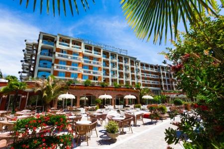 Hotel for Biker HOTEL SAVOY PALACE in Riva Del Garda in Gardasee