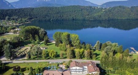 Motorrad Hotel al Sorriso Greenpark in Levico Terme in Levico Terme