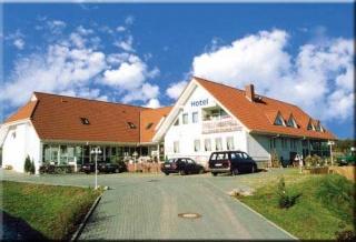 Hotel for Biker Landhotel Broda in Neubrandenburg in Mecklenburgische Seenplatte