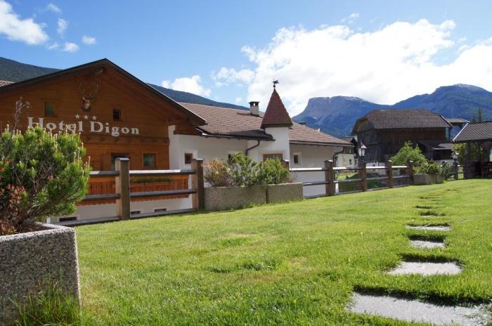 Hotel for Biker Hotel Digon in St. Ulrich - Grödental in Grödental