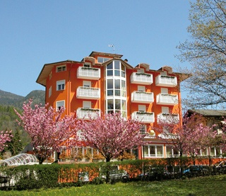 Hotel for Biker Hotel Elite in Levico Terme in Dolomiten