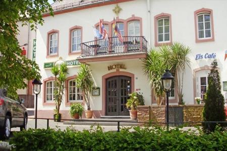 Motorrad Hotel Zum Goldenen Stern in Prüm in Eifel