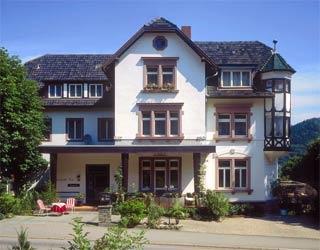 Motorrad Hotel Markgraefler Hof in Badenweiler in