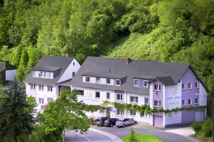 Motorrad Hotel Nora Emmerich in Winningen in Mosel