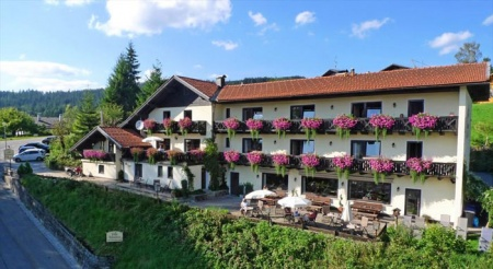 Hotel for Biker Villa Montara Bed & Breakfast in Bodenmais in Bayerischer Wald