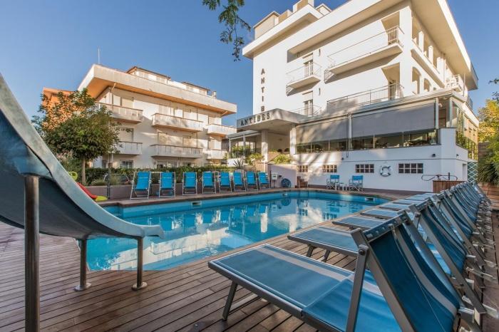 Hotel for Biker Hotel Antibes in Riccione (RN) in Adriaküste