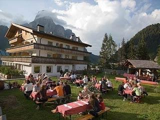 Motorrad Hotel Arkadia  ***S in Corvara in Alta Badia