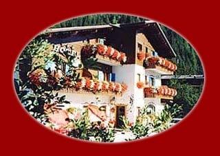 Motorrad Hotel Villa Eden in Rocca Pietore  Marmolada in Dolomiten
