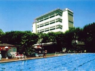 Motorrad Hotel Ermione in Marina di Pietrasanta in Versilia