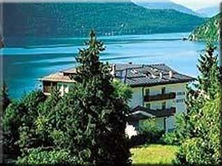 Motorrad Hotel Gloria in Molveno in Molveno See