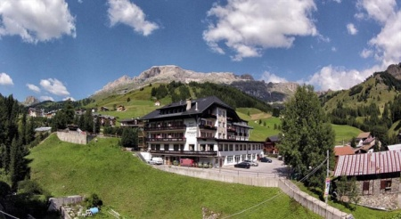 Motorrad Sporthotel Arabba in Arabba in Dolomiten