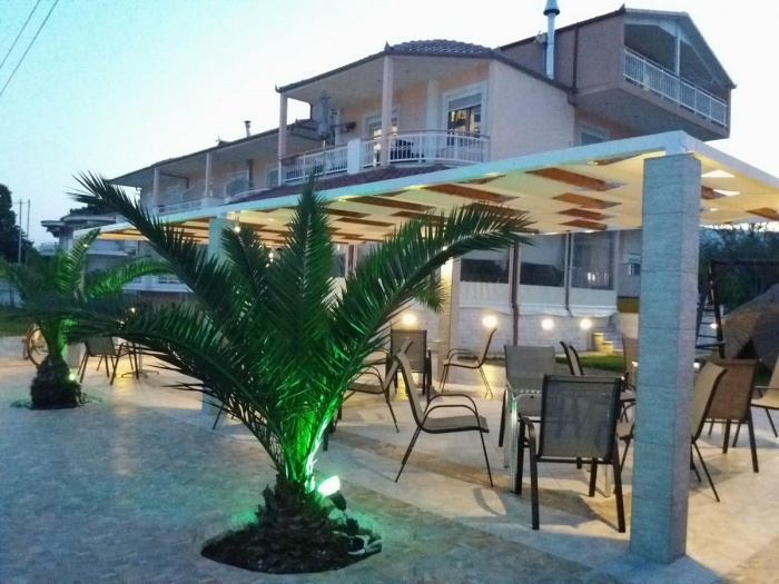 Hotel for Biker Pension Delfini in Asprovalta in Thessaloniki