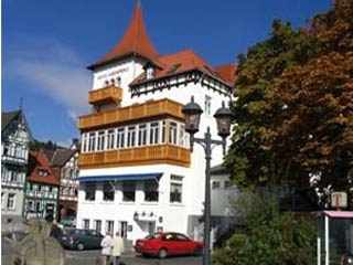 Hotel for Biker Hotel Kronprinz in Salzdetfurth in Harz