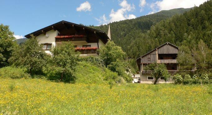 Hotel for Biker Gästehaus Steinerhof in Nikolsdorf in Lienzer Dolomiten