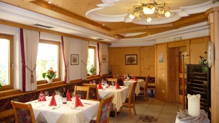 Hotel for Biker Weisses Rössl in Lajen in Grödental