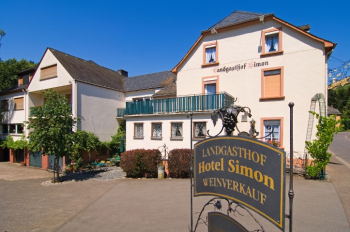 Motorrad Landgasthof Simon in Waldrach - Ruwertal in Mosel
