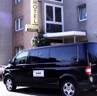 Flughafen Hotel Karsten Garni Airport liegt nur 2km vom Flughafen Köln/Bonn entfernt.