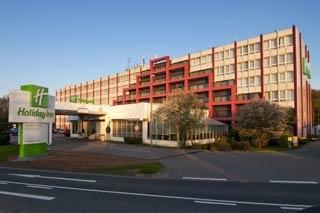 Flughafen Leonardo Hotel Köln Bonn Airport liegt nur 0km vom Flughafen Köln/Bonn entfernt.