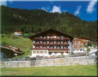 Hotel for Biker Hotel / Appartament Kronhof in Moos / Stuls in Passeiertal