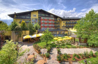 Motorrad Hotel Latini in Zell am See in