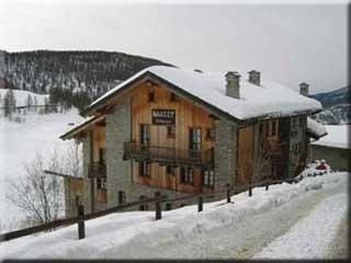 Hotel for Biker Maison Cly Hotel & Restaurant in Chamois in Valtournanche