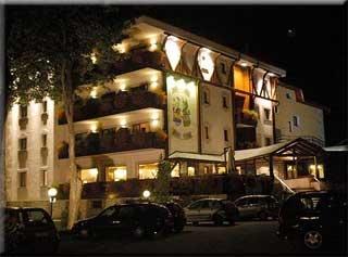Motorrad Miramonti Park Hotel in Bormio in Alta Valtellina