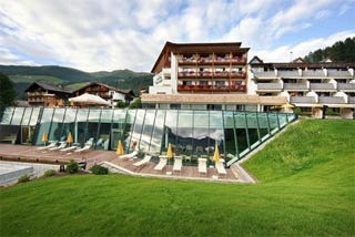 Motorrad Hotel Family Resort Rainer in Sesto (BZ) in