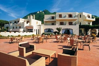 Motorrad Hotel Terme Michelangelo in Lacco Ameno d Ischia in Ischia