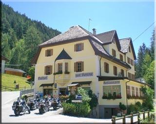 Motorrad Gasthof zur Sonne in Unsere liebe Frau im Walde - St. Felix in Gampenpass