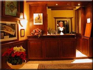 Motorrad Hotel Savoy Edelweiss in Sestriere in