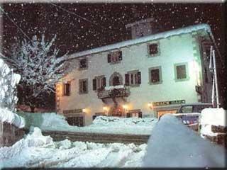 Fahrradfahrerfreundliches Hotel Restaurante Valle Verde in Pievepelago