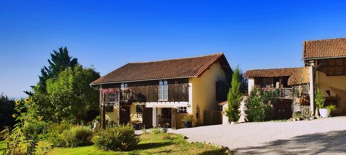 Motorrad La Maison Vue Pyrenees in SARRAGUZAN