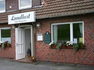 Fahrradfahrerfreundliches Café Landlust in Jade-Norderschweiburg
