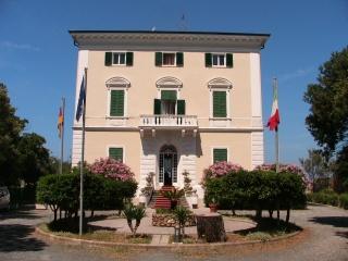Fahrradfahrerfreundliches Grand Hotel Villa Parisi in Castiglioncello