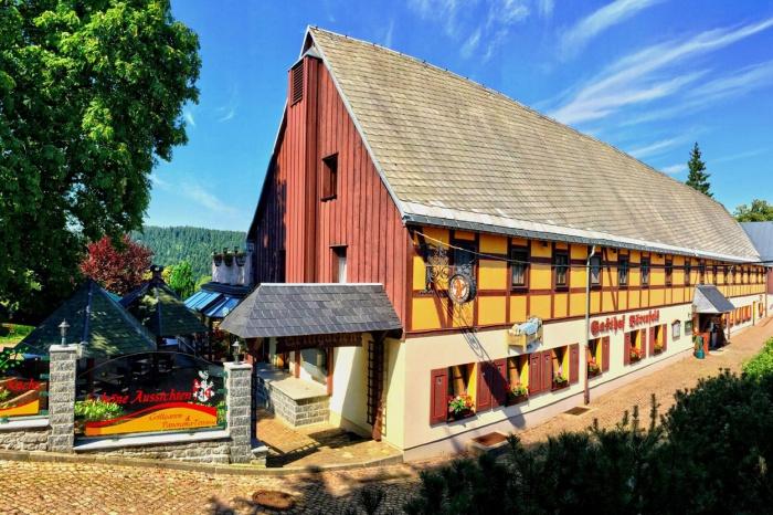 Fahrradfahrerfreundliches Naturhotel Gasthof Bärenfels in Altenberg / OT Kurort Bärenfels