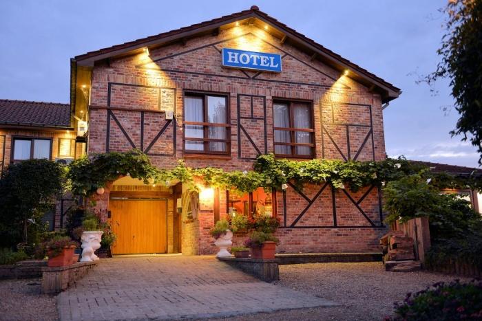 Motorrad Hotel de Stokerij in Oudenburg