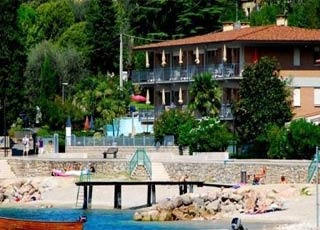 Motorrad Ambienthotel Spiaggia am See in Malcesine