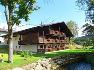 Fahrradfahrerfreundliches Gasthof-Pension-zur-Post in Achslach