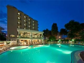 Fahrradfahrerfreundliches Hotel 2000 in Riccione (RN)