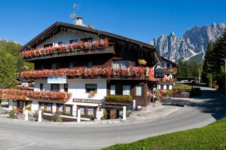 Fahrradfahrerfreundliches Sport Hotel Cortina in Cortina d Ampezzo