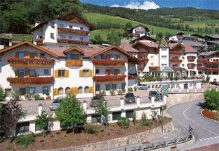 Motorrad Hotel Hubertus in Villanders-Klausen