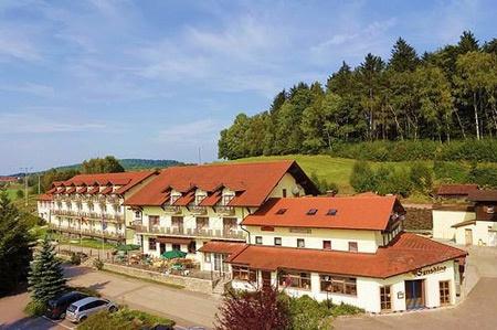Fahrradfahrerfreundliches Hotel Reibener-Hof in Konzell