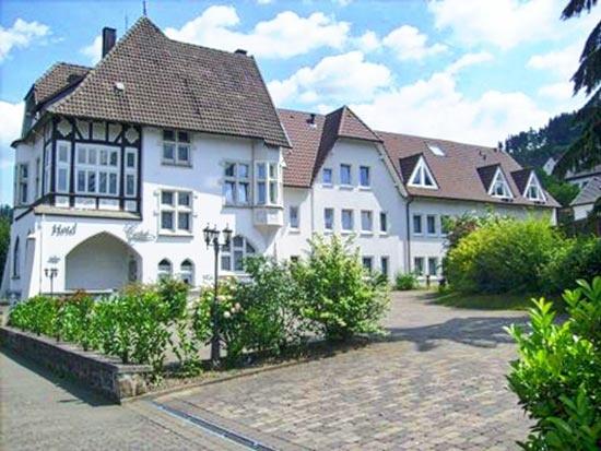 Fahrradfahrerfreundliches Hotel Restaurant Cordial in Lennestadt