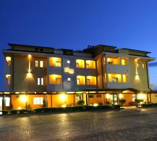 Motorrad Hotel Maria in Pineto