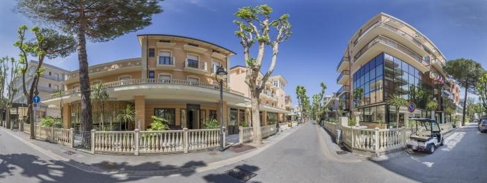Motorrad Hotel Mediterraneo Club Benessere in Bellaria Igea Marina