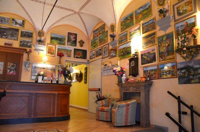 Motorrad Hotel Mia Cara in Florenz