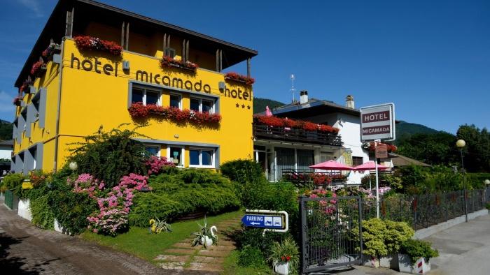Fahrradfahrerfreundliches Hotel Micamada in Calceranica al Lago