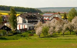 Fahrradfahrerfreundliches Flair Hotel Landgasthof Roger in Löwenstein - Hößlinsülz