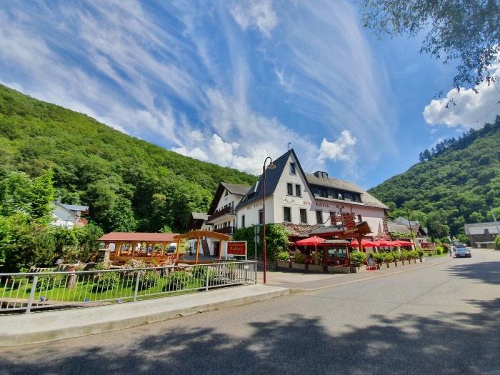 Fahrradfahrerfreundliches Moselhotel Waldeck in Burgen